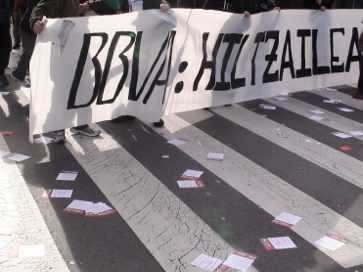 El BBVA, una entidad capitalista muy denunciada por la clase obrera vasca y sus aliados.