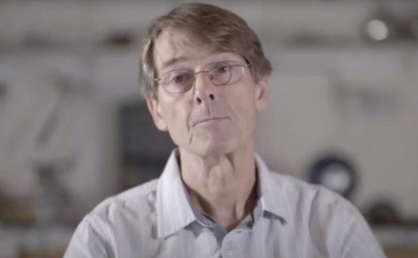 El Dr. Mike Yeadon, quien aviso de la gravedad de los riesgos de efectos adeversos en la vacuna de Pfizer para la covid-19