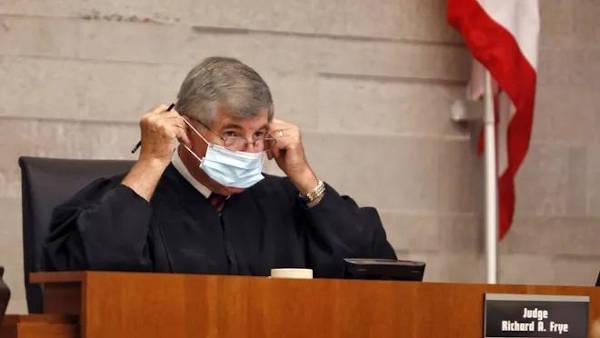 Juez Frye: Se me ocurrió que al menos algunas de estas personas deben ser alentadas a no posponer las cosas